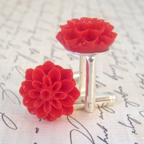 Chrysanthemum Cufflinks Giveaway – WW