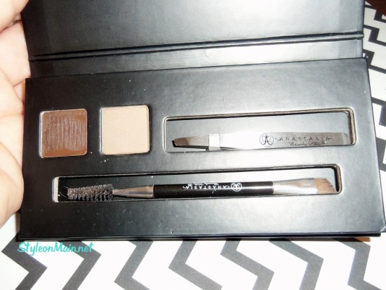 Anastasia Bold Brows kit