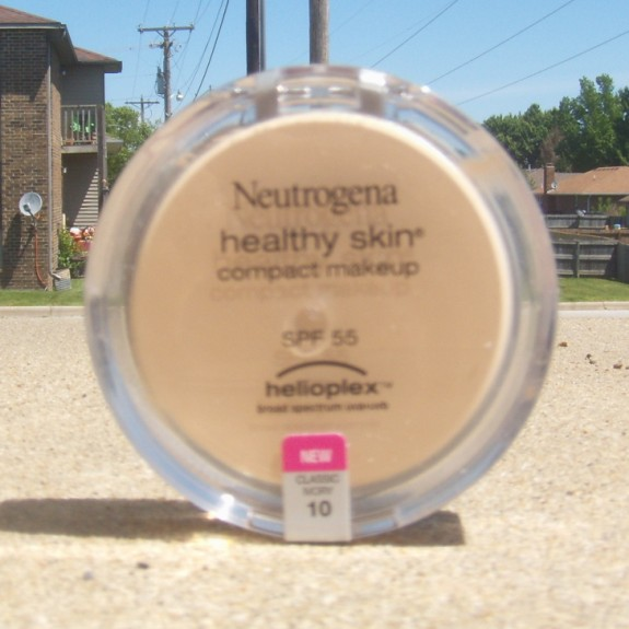 Neutrogena Healthy Skin Cream Foundation