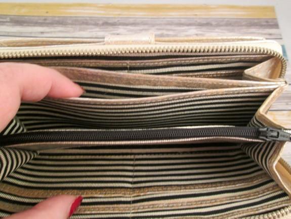 free-endearment-erin-wallet-inside-2 (575 x 433)