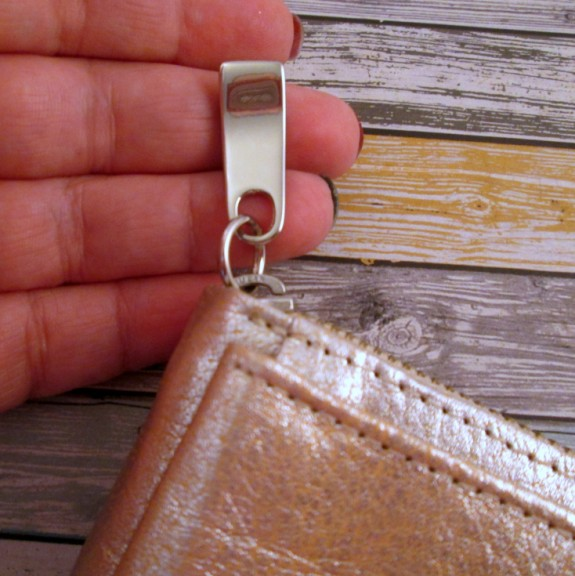 free-endearment-zipper-pull (575 x 576)