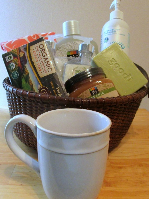 whole-foods-gift-basket-2 (600 x 799)