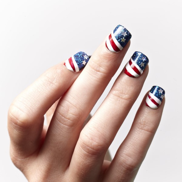 July 4 Nail Art from KISS and Broadway Nails (600 x 600)