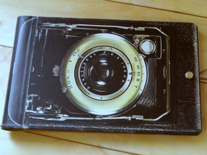 camera-photo-book-2-700