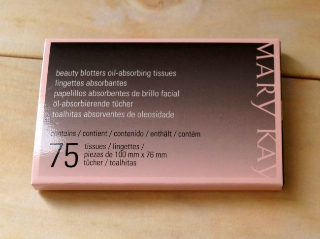 mary-kay-blotting-papers-2-650