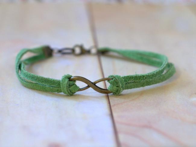 infinite-luck-bracelet-650