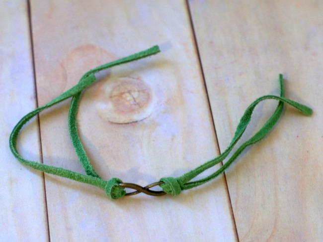 infinity-bracelet-trimmed-650