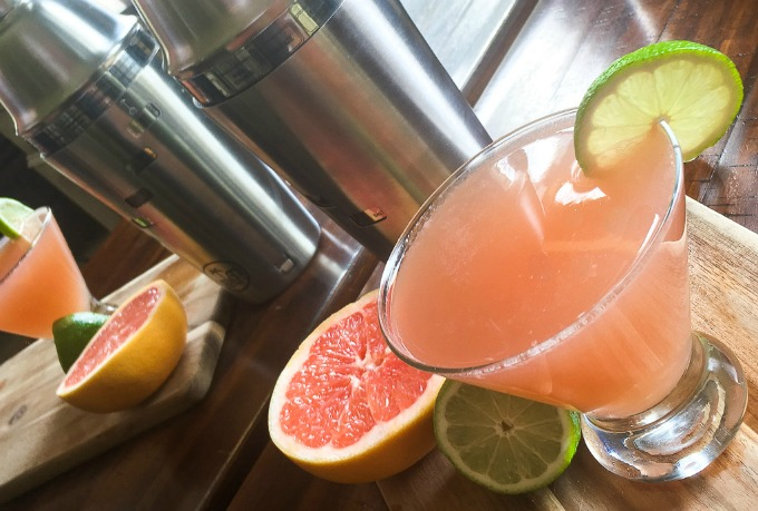 Palo friendly grapefruit martini is the perfect cocktail for summer. Great for weddings, brunch, or just sipping and relaxing.