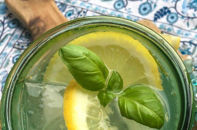 Lemon Herb Spritzer cocktail