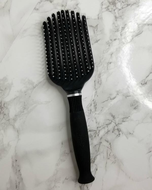 Tangle buster hairbrush