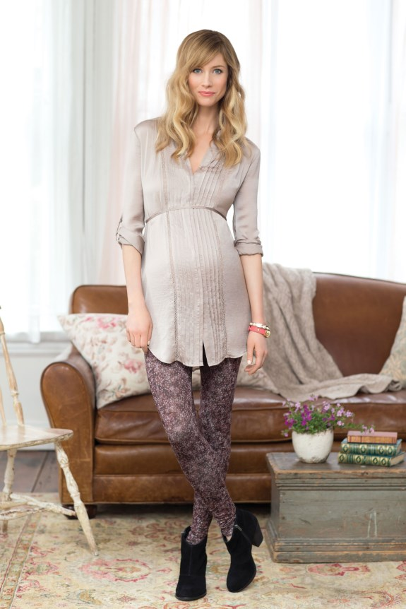 Jessica-Simpson-Maternity-Convertible-Sleeve-Tunic-$59.00;-Printed-Legging-$39.00 (575 x 862)