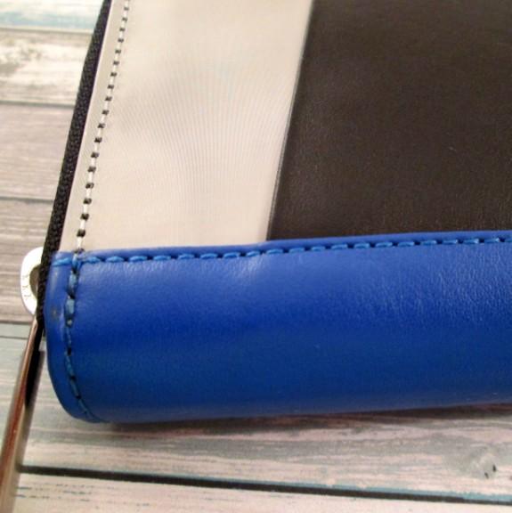 stewart-stand-wallet-2 (575 x 576)