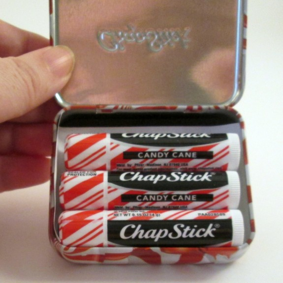 chapstick-peppermint-swirl-holiday-tin-inside (575 x 576)