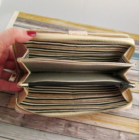 free-endearment-erin-wallet-inside (575 x 577)