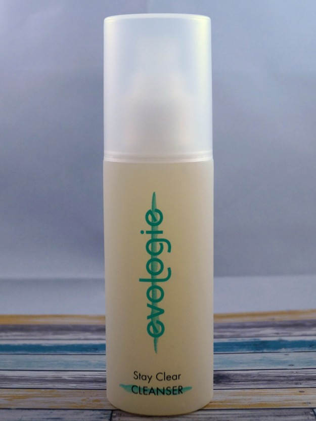 evologie-stay-clear-cleanser-2 (625 x 832)