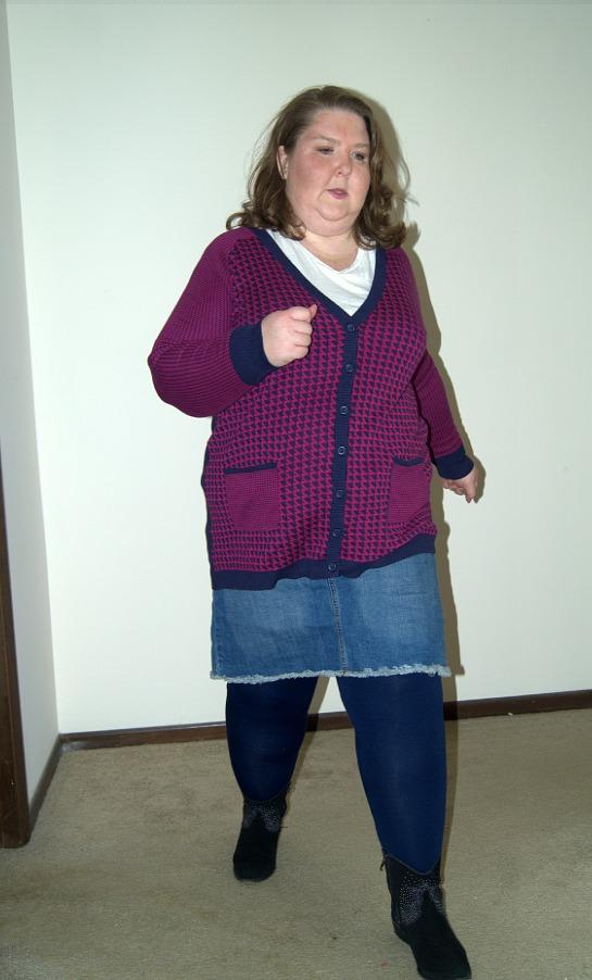 cardigan-and-skirt-running-550