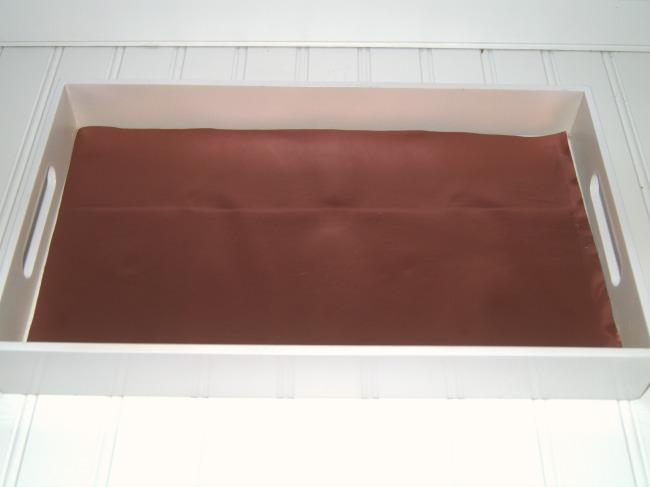 vanity-tray-trimmed-vinyl-650