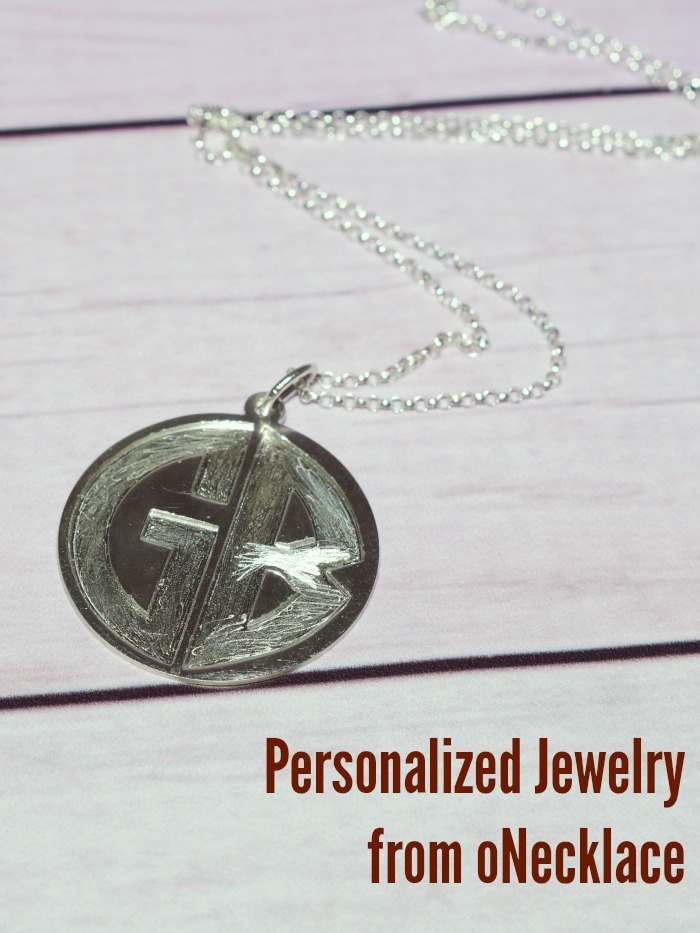 personalized-jewelry-from-onecklace-wm