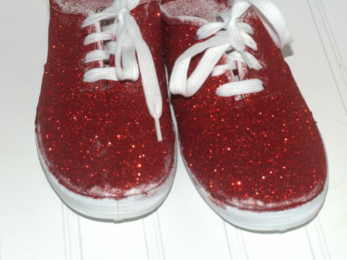 DIY glitter sneakers 3