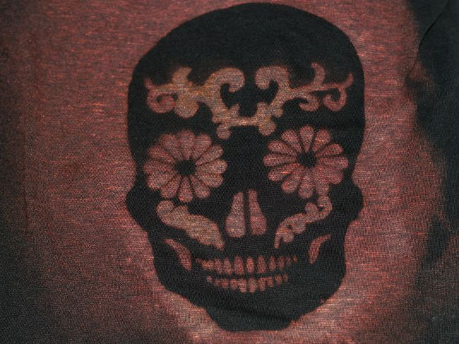 distressed sugar skull tee 2