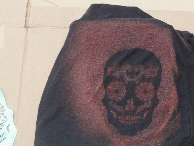 sugar skull stencil removed