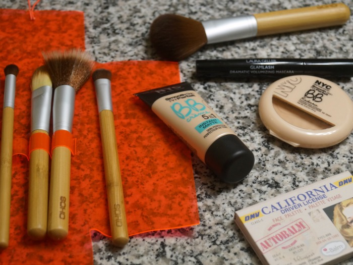 what's in my palm springs makeup bag