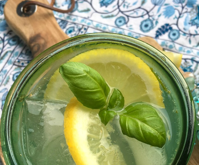 Lemon Herb Spritzer Cocktail Recipe