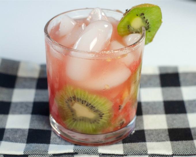 Watermelon Kiwi Sparkler Wine Cocktail